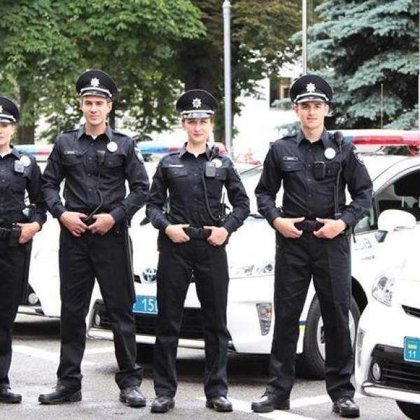 Работа в полиции девушке после 11 класса андрей зубков фото